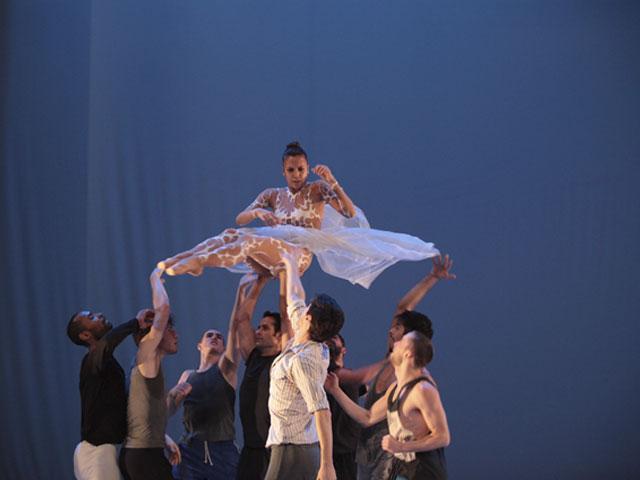 «La belle» – Les Ballets de Monte Carlo