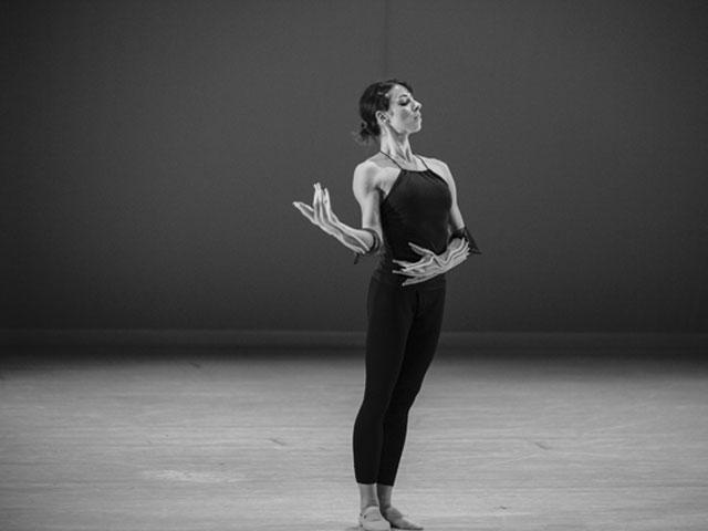 La Belle – Chorégraphie J.C MAILLOT